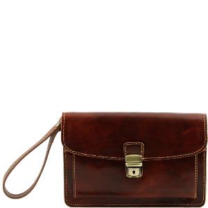 Sacoche Cuir Marron porté Main Homme -Tuscany Leather-
